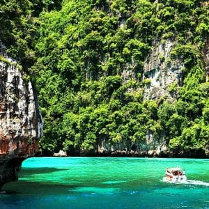 Khao Lak to Phi Phi Islands Tour by Speedboat