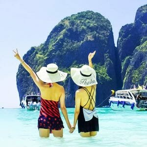 Phuket Premium Phi Phi Islands Tour by Speedboat